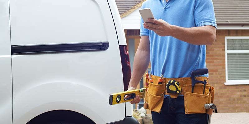 Tradesman with key safe access checking for code